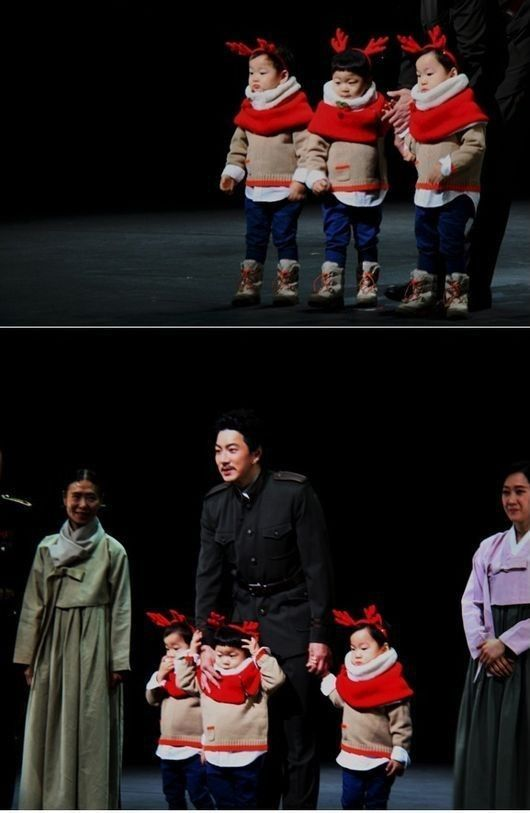 """Superman Returns"" Triplets Make Surprise Appearance at Song Il Gook's Play Dressed as Rudolf"