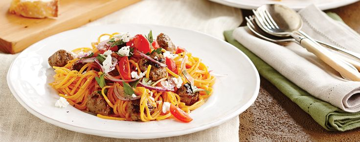 It's Greek Easter this weekend - celebrate in style with this gorgeous Greek style lamb linguine.