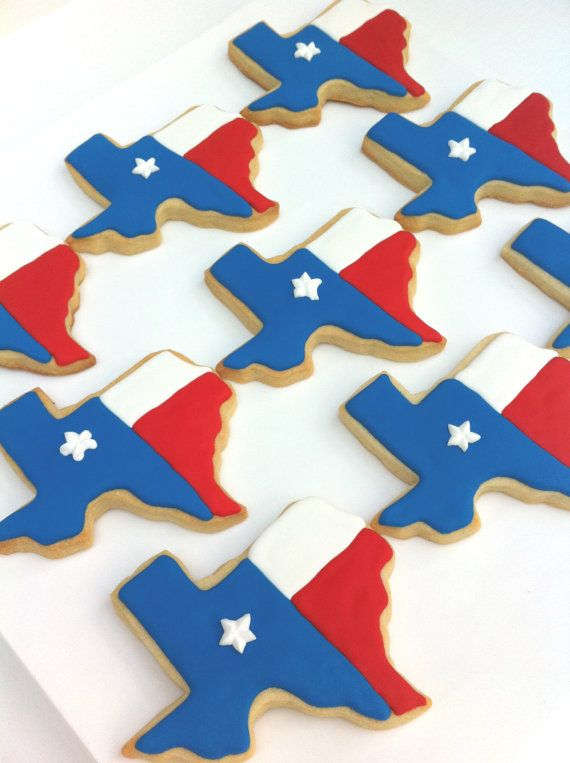 Big Texas cookies are made from my buttery and rich Vanilla Bean cookie recipe. These cookies are decorated in blue, red and white royal icing that has a dash of vanilla extract to bring together the wonderful flavors of the cookie. They have white star on the blue icing.