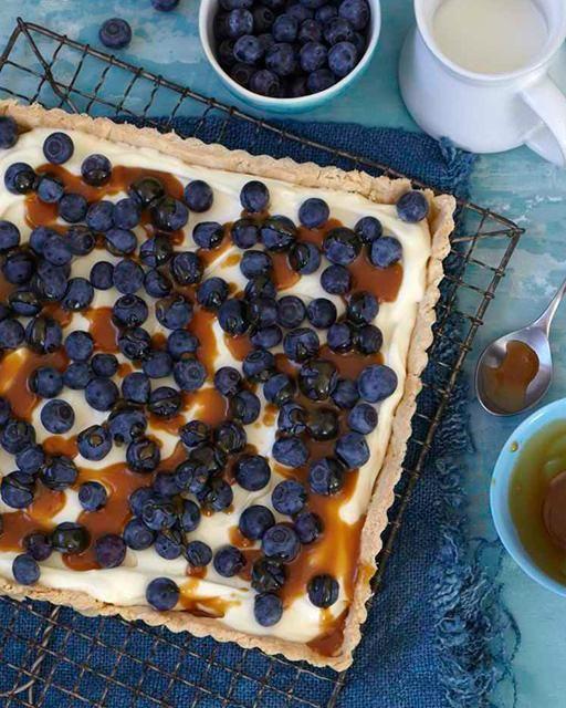Blueberry Tart with Caramel Sauce