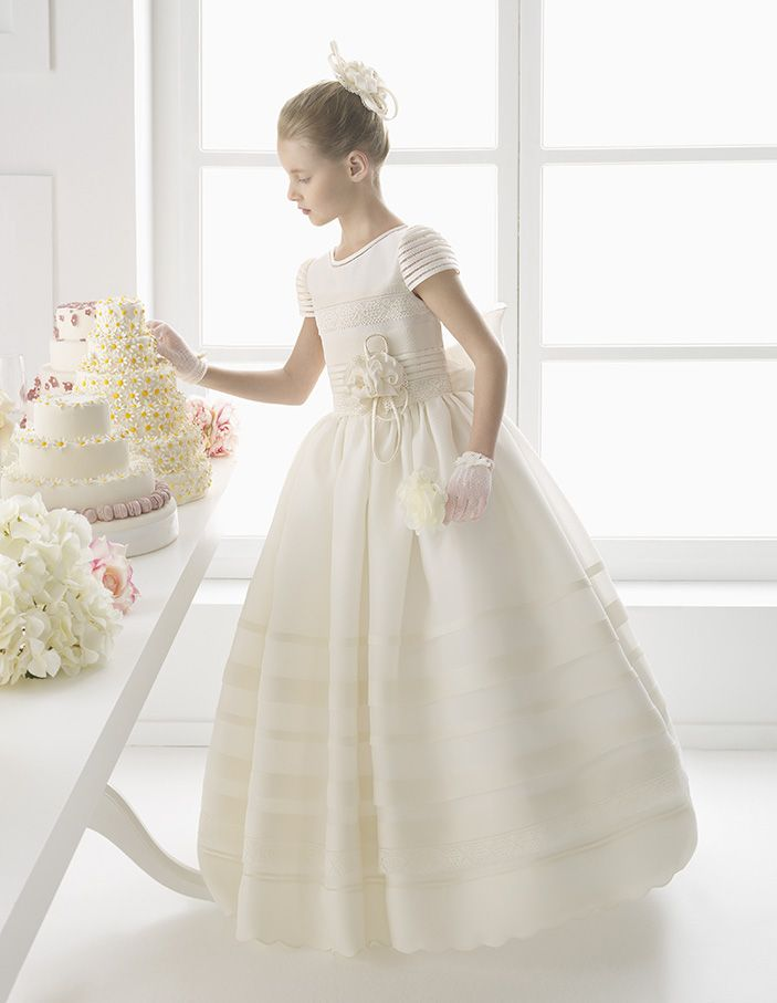 Elegant Short Sleeved Lace Detailling Silk Ball Gown Communion Dress With Lovely Flower