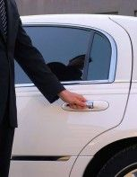 Town Car Service #limo #wedding #getawaycar #rideinstyle #cruisin #tuesdaythoughts #party #nightlife #prom #highlife