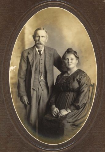 Carl and Anna – taken here in Cairns on 31 August 1921