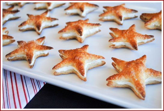 puff pastry stars with cheesecake filling...they remind me of starfish