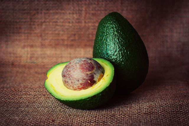 Avocados have become one of the newest staples of healthy eating. Seriously, that delicious bowl of guacamole can become your next guilt-free snack thanks to this…