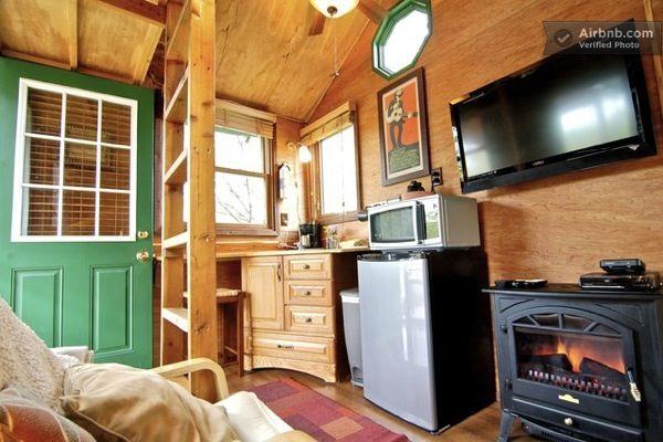 Romantic Garden Treehouse 06   Garden Treehouse Cabin: Elevated Micro Living
