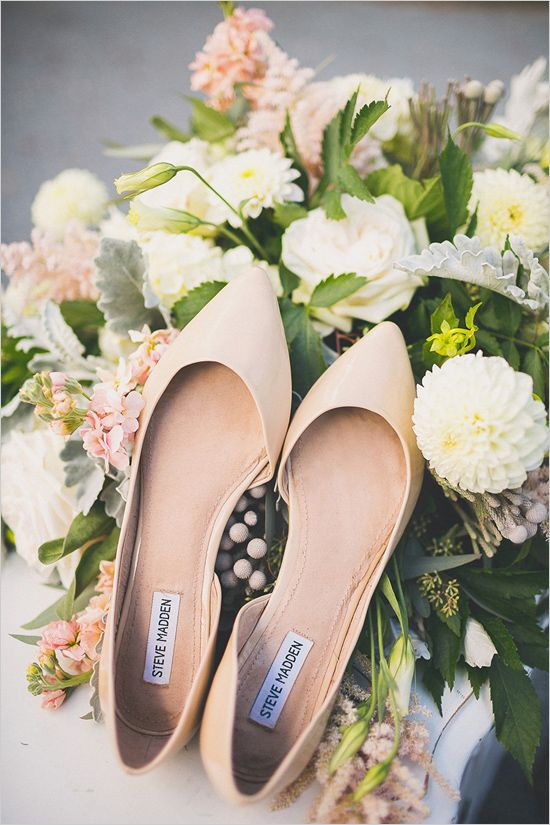 nude wedding flats @weddingchicks