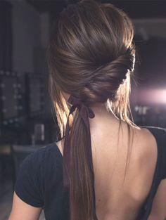 Coiffure mariage : Gorgeous Ponytail Hairstyle Ideas ,twisted ponytails hairstyle,ponytail hairstyl…