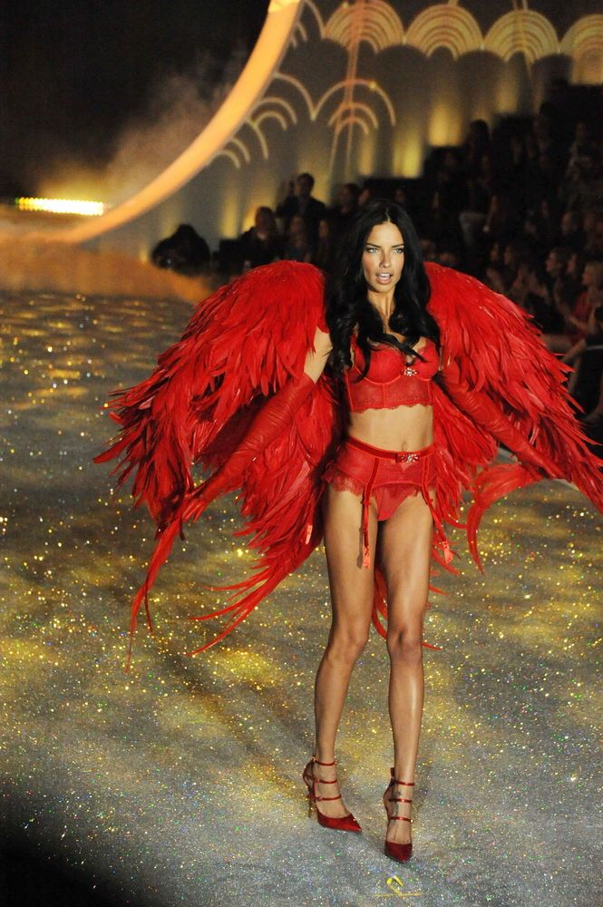 Victorias Secret Fashion Show P