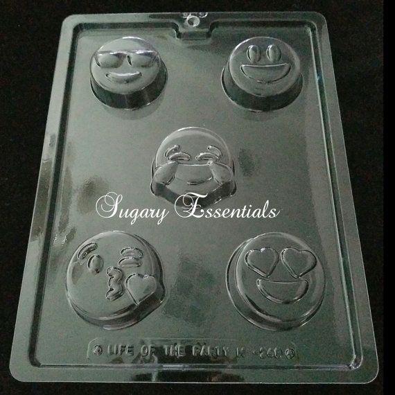 Emoji Oreo Mold