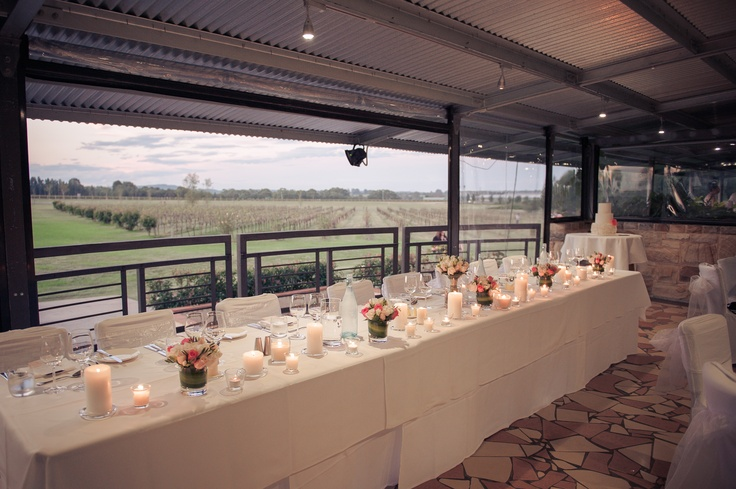 Bridal table with vineyard outlook at Peterson House, Hunter Valley | Photo: @petersonhouse