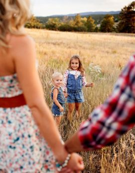 Las 25 mejores ideas sobre fotos divertidas de familia en for Family of 4 picture ideas