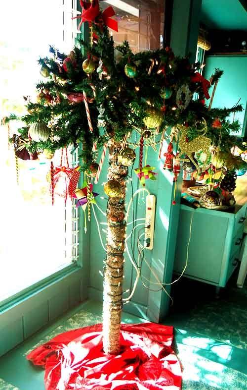 Christmas Palm Tree In Hawaii Coastal Christmas Decor