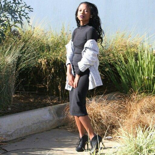 dark shades ( the bodycon skirt casual pair up! )