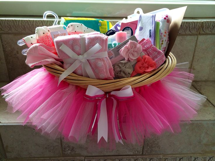 Baby shower tutu gift basket DIY
