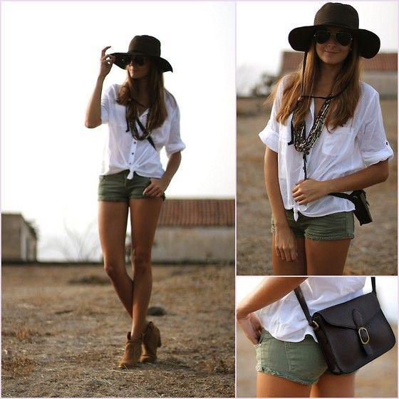 Natura Hat, Blanco Blouse, Bershka Shorts, Natura Bag, Bershka Boots