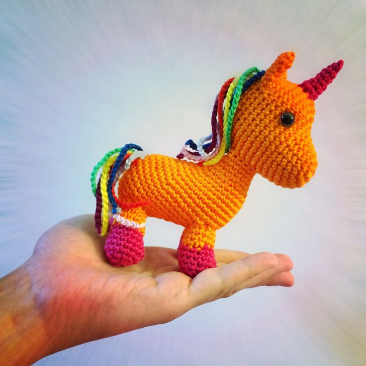 My little nice visited me lately and the moment she saw my tiny crochet unicorns her eyes went all bright. So of course I decided to design a crochet unicorn all for herself. It should become a lit…