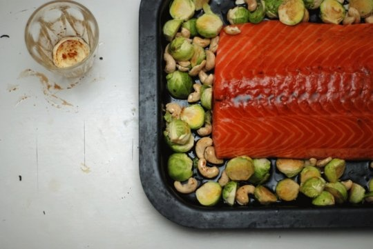 Salmon, brussels sprouts, sesame oil, soya sauce. Comforting.