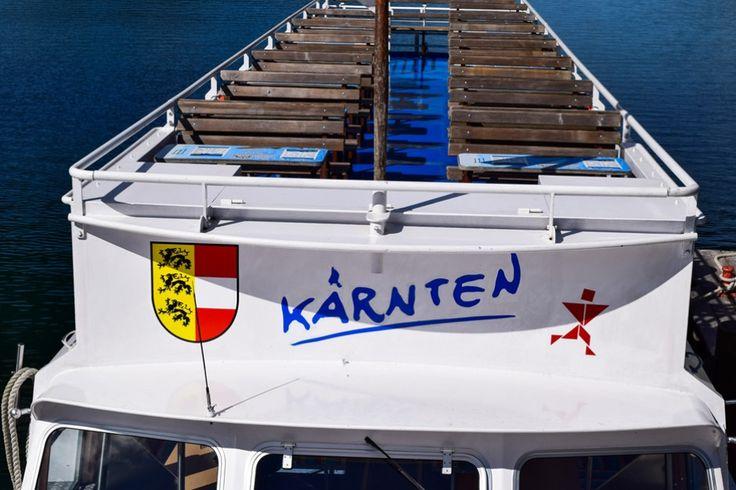 Per Boot über den Weissensee in Kärnten http://www.travelworldonline.de/traveller/weissensee-kaernten-ein-echter-geheimtipp-in-oesterreich/?utm_content=buffer62237&utm_medium=social&utm_source=pinterest.com&utm_campaign=buffer ... #kärnten #austria #weissensee #österreich #alpen