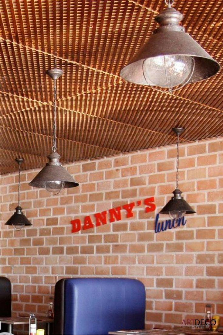 Luminarias colgantes en Rte.DANNY'S AMERICAN BURGER'S en Grao de Castellón