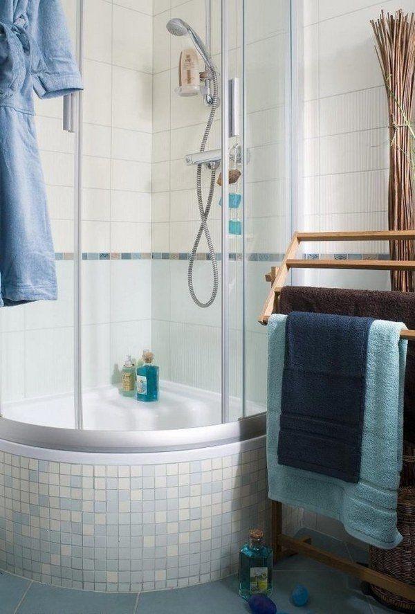 Kleine Duschideen: Perfekte Wahl für minimalistisches Badezimmer – www.ruchidesigns ……   – Ayu Sari