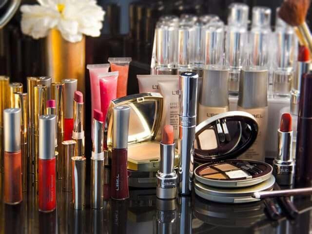 Gorgeous Makeup by L'BEL PARIS = time to get all doll up.... https://www.facebook.com/T ienditadeBellezaLaguna/