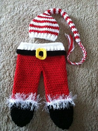 Ravelry: Baby Santa Hat and Leggings pattern by Laurie Artcliff