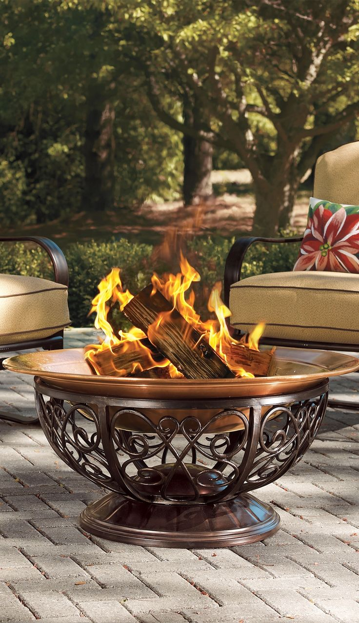 Our oversized Outdoor Copper Fire Pit is so handsome, you'll never want to hide it away. More than 15% larger than other fire pits, you'll be able to accommodate the entire party when making s'mores.