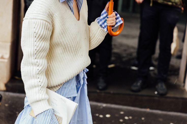 Look de primavera. Azul y blanco. Genial.
