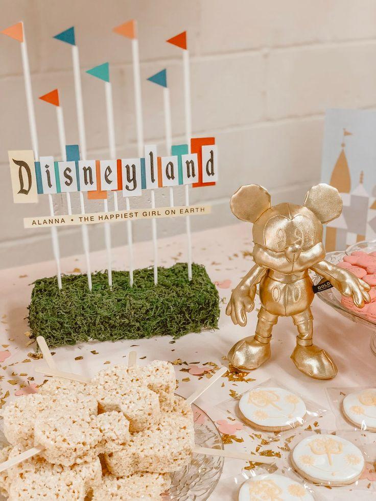 Vintage Disneyland Geburtstagsfeier – Mittel der Linien