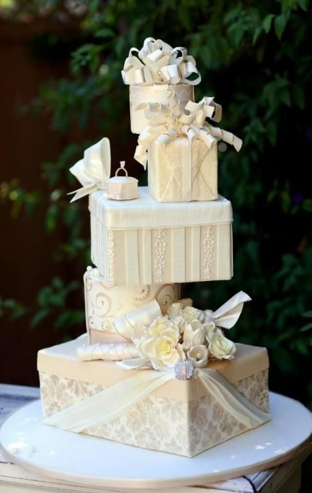 See more about wedding cakes, gift boxes and gift cakes. uniqueweddingcake