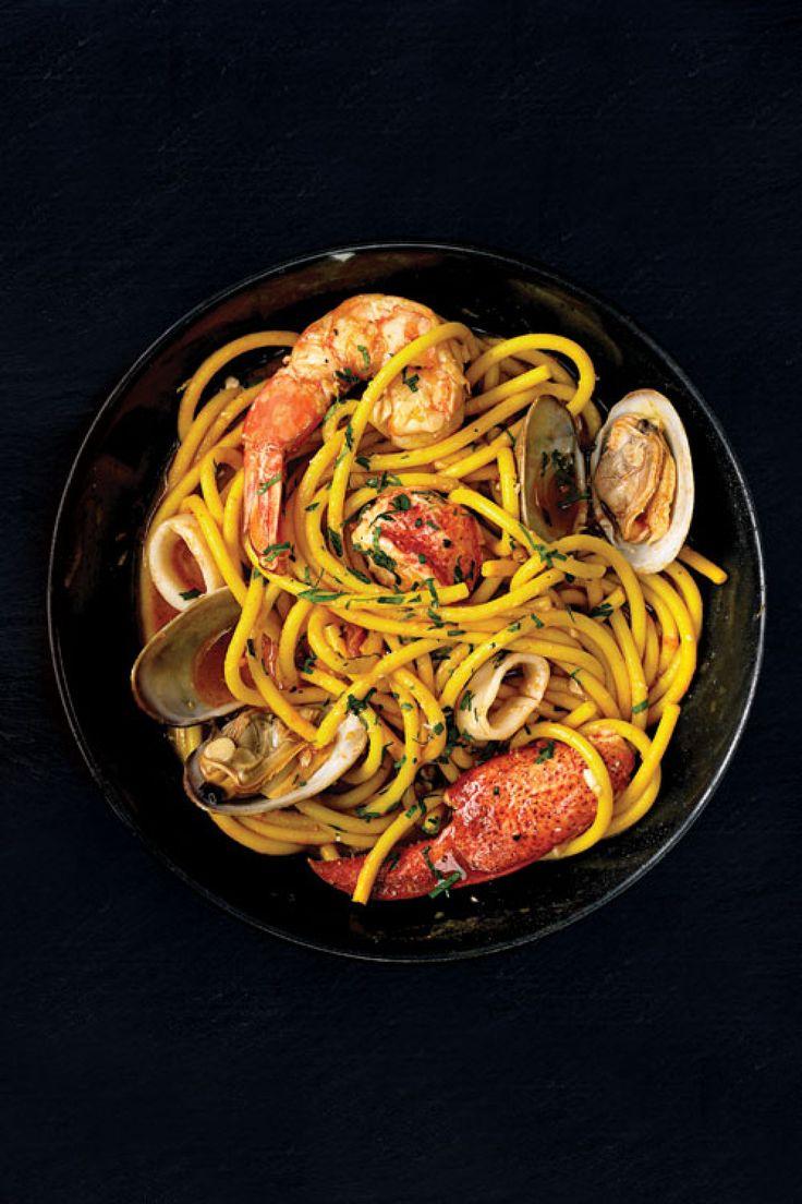 recipe-bucatini-ai-frutti-di-mare-seafood-pasta