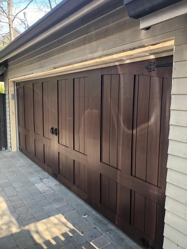 Rich Wood Tone Garage Doors Without Windows Clopay Faux Wood Garage Door Wood Garage Doors Garage Doors