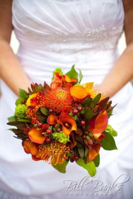 42 best autumn wedding flowers images on pinterest autumn 26 romantic fall wedding bouquets junglespirit Images