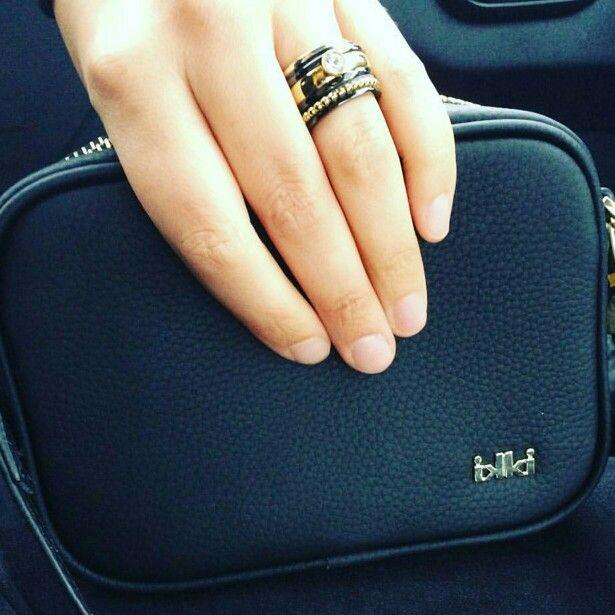 Ixxxi ring black gold