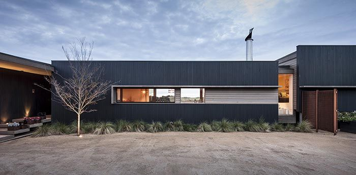 Single Family home and Guest residence set on a large seaside allotment on the mornington peninsula