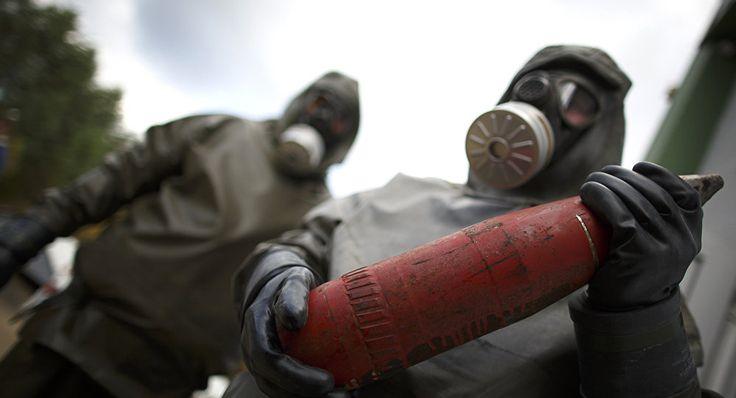 """""""La Russie a signé en janvier 1993 la Convention sur l'interdiction des armes chimiques (CIAC), qui interdit la production, le développement, la possession, le stockage, le transfert et l'utilisation des armes chimiques.""""... https://fr.sputniknews.com/russie/201610271028401992-russie-armes-chimiques-destruction/#"""