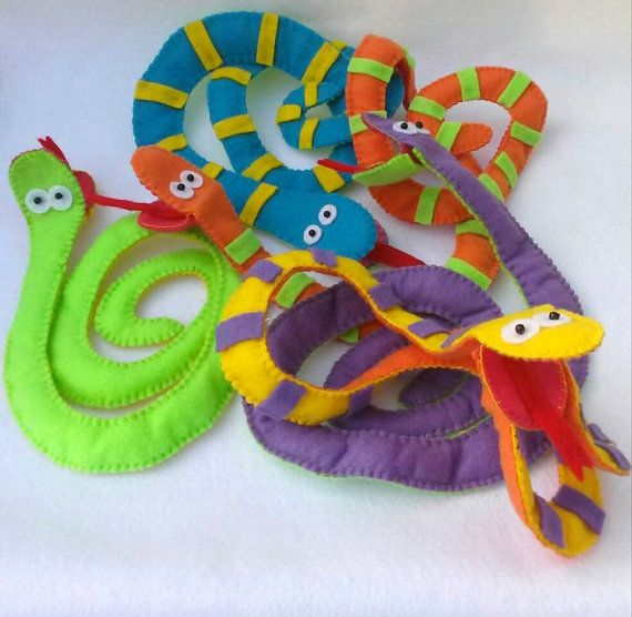 1000 images about hand and finger puppets on pinterest for Snake puppet template