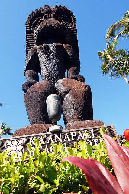 """""""Kaanapali Beach Hotel - Maui, Hawaii"""""""