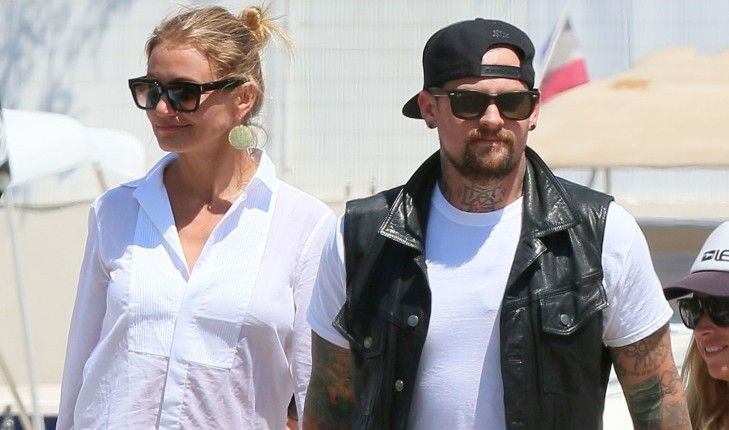 Congrats to Cameron Diaz and Benji Madden who tied the knot at her Beverly Hills home! #camerondiaz #benjimadden #married #marriage #beverlyhills