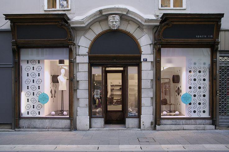 Spazio 11b is a casual pret-a-porter fashion boutique