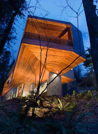 Cantilevered house from Twilight.