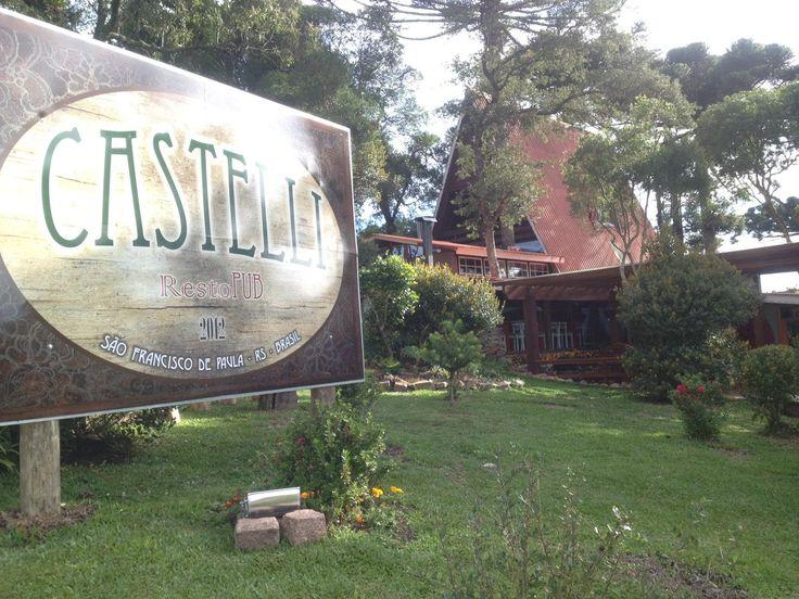 Castelli RestoPub: Refeição colonial / RS 020, Km 87 - São Francisco de Paula / (54) 3244-1095 ** Desconto de 10% com o cartão Hóspede VIP **