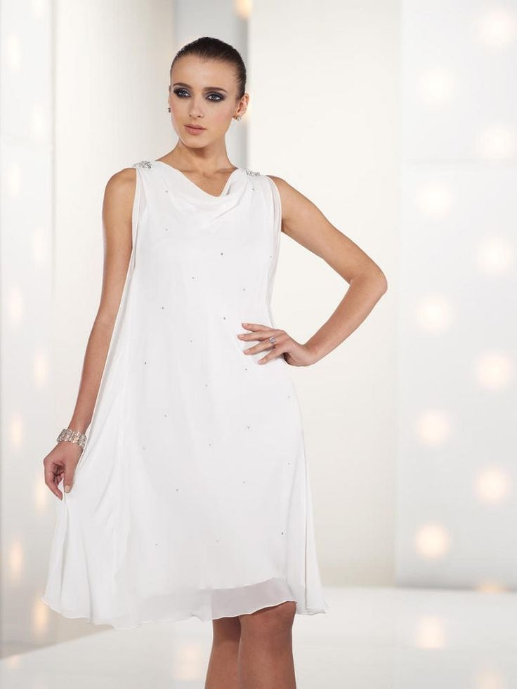 Fashion Tank Top Knee Length White Chiffon A Line Mother Of The Bride Dress
