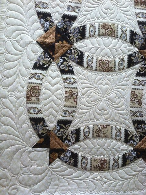 by Jessica's Quilting Studio, via Flickr: Double Wedding Rings, Cut Double, Rings Quilt, Border Fabrics, Beautiful Quilt, Quilt Studios, Wedding Photos, Machine Quilting, Jessica Quilt