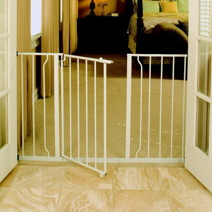 The 25 best ideas about safety gates on pinterest for Wooden stair gate ikea