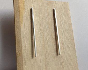 Oro massiccio minimalista o orecchini Sterling Silver Extra Long Bar. Lunga linea di orecchini. Linea Silver borchie.