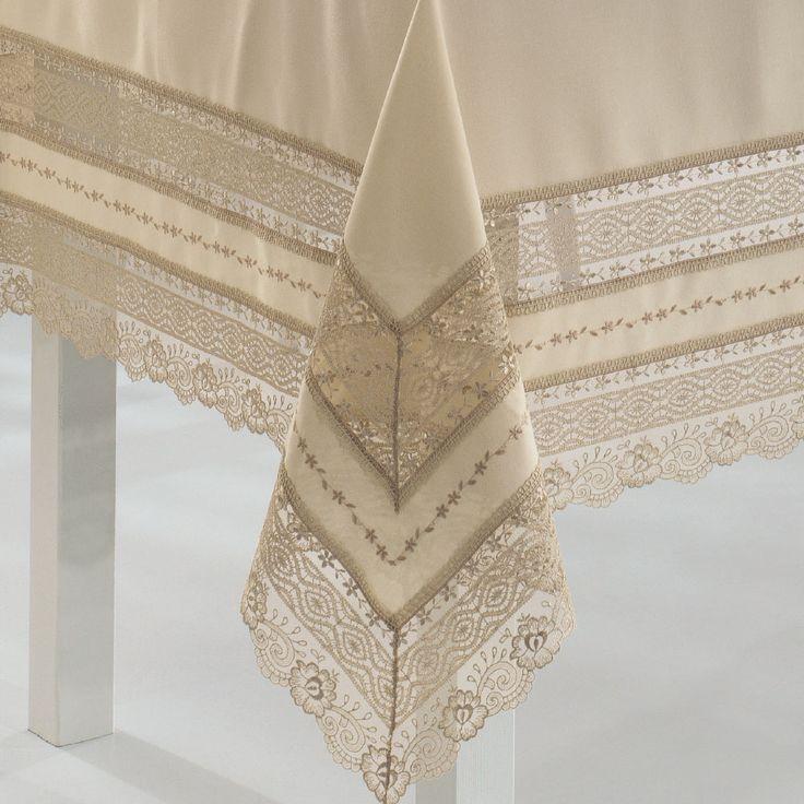 Venezia Masa Örtüsü leke tutmayan % 100 dertsiz kumaş ile üretilmiştir. Göz kamaştıran işlemeleri ile hayran kalacağınız masa örtüsü