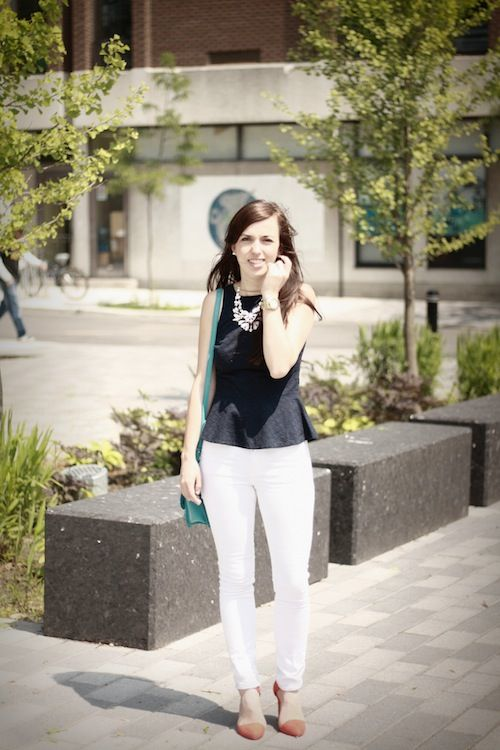 Looks like Aurélie has a thing with Smart Set peplum top