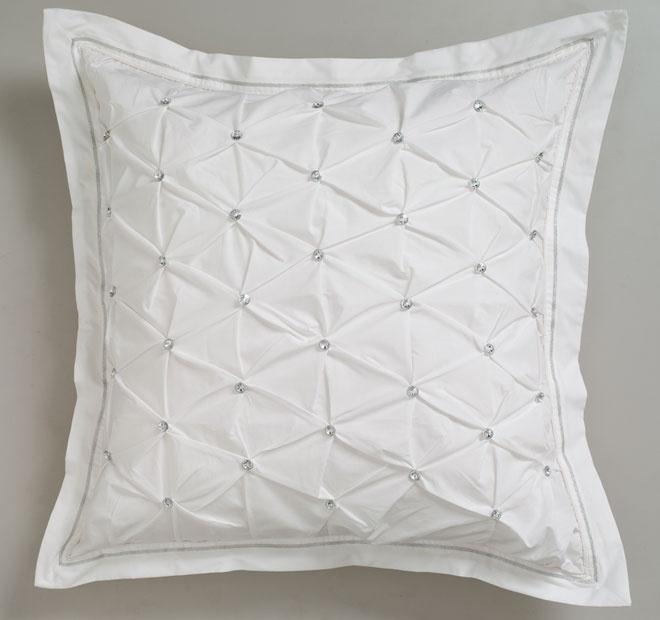Logan & Mason Ultima Solitaire European Pillowcase White